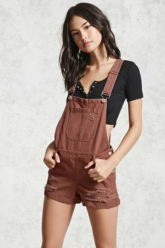 Forever 21 Distressed Overall Shorts Maple 31 Dungarees Shorts, Short Overalls, Bib Overalls, Cool Outfits, Casual Outfits, Summer Outfits, Dress For Short Women, Overall Shorts, Look