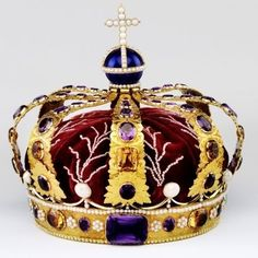 The queen´s regalia consist of the crown, sceptre, and orb. The Norwegian state paid for their purchase in Together with the crown, they were used by Queen Louise in Queen Sophie in and Queen Maud in Royal Crown Jewels, Royal Crowns, Royal Tiaras, Royal Jewelry, Tiaras And Crowns, Jewellery, Queen Crown, The Crown, King Queen