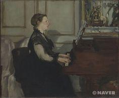 피아노 치는 마네 부인 (Madame Manet au piano), 에두아르 마네(Edouard Manet), 1868  검은 드레스를 입은 마네 부인이 회색으로 칠해진 벽을 배경으로 한 채 피아노를 연주하고 있는 모습을 그렸다. 마네의 다른 작품들에서와 달리 이 그림에는 검은색, 갈색, 회색 등이 주로 사용되었고 밝은 색들은 제한적으로만 사용되었다. 또한 마네 부인의 모습은 고전적인 초상 형식인 측면상으로 그려져 있는 데다 움직임이 극도로 제한되어 있어서 그녀가 지금 피아노를 연주하고 있는 것인지 아니면 그저 피아노 위에 손을 올려놓고 있는 것인지 알아채기 힘들 정도이다. 그러나 마네는 지금 그녀가 피아노를 연주하고 있다는 사실을 형태를 통해서가 아니라 색채를 통해서 드러내고 있다. 마네는 부인의 얼굴을 발그스름해진 것처럼 묘사함으로써 그녀가 지금 연주에 열중하고 있음을 알리고 있다.