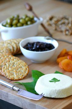 A 4-ingredient recipe for vegan Basic Almond Cheese that can be enjoyed as is or crumbled on salads, pasta, or pizza.