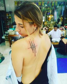 Wir haben uns auf die Suche nach den beliebtesten Motiven und Techniken und von Toronto bis Thailand die heißesten Tattootrends der Welt ausfindig gemacht.