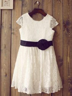 Looking for Cheap Flower Girl Dresses Online? Search for these Elegant Baby Girls Dresses at Hebeos.com, We carry the latest trends in Flower Girl Dresses to show off that fun and flirty style of yours.