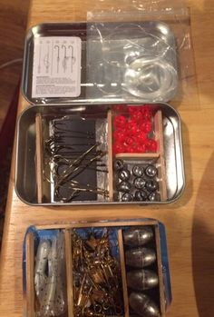 The Pocket Tacklebox: Do you love fishing? If you do, then you will love this mini tackle box made with just an altoids tin and a couple popsicle sticks. This tacklebox will have 6 storage areas for all of your hooks, line, and sinkers (No pun intended). Camping Survival, Outdoor Survival, Emergency Preparedness, Survival Gear, Survival Skills, American Women, American Indians, American Art, American History