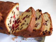 Sultana and Cherry Cake recipe Easy Cake Recipes, Sweet Recipes, Baking Recipes, Loaf Recipes, Tea Cakes, Cupcake Cakes, Fruit Cakes, Cupcakes, English Cake Recipe