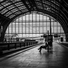 https://flic.kr/p/TbTeBL | I am a passenger | Antwerpen-Centraal railway station
