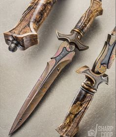 Pretty Knives, Cool Knives, Ninja Weapons, Weapons Guns, Swords And Daggers, Knives And Swords, Cool Swords, Sword Design, Dagger Knife