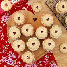 Jammie Dodger Cupcakes! - Jane's Patisserie