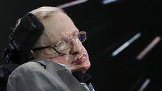 """Según pronostica el físico británico Stephen Hawking, la humanidad necesitará """"alguna forma de gobierno mundial"""" capaz de alinear las metas de la especie humana con las de una """"su…"""
