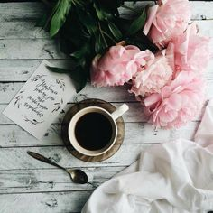 68 Ideas book and coffee photography inspiration cups for 2019 Flat Lay Photography, Coffee Photography, Photography Flowers, Clothing Photography, Plan Wallpaper, Theme Design, Peony Colors, I Love Coffee, Coffee Cafe