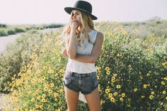 Looking for high-rise women's shorts, cutoff shorts, festival shorts, and denim shorts for women from Pacsun Denim? Find these styles and more at amazing prices only at PacSun! Fashion Angels, Festival Shorts, High Rise Shorts, Marigold, Pacsun, My Photos, Fashion Inspiration, Summer Outfits, Wanderlust