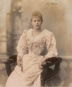 Princess Marie of Edinburgh Romanian Royal Family, German Royal Family, Usa Culture, Royal Weddings, Ferdinand, Prince Charles, Queen Victoria, Royalty, Edinburgh