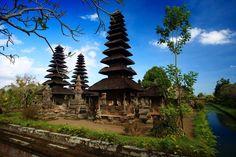 Taman Ayun temple in Bali, Indonesia www.thingstodoinbali.com