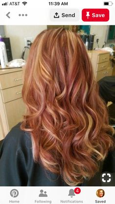 Colored Blunt Cut - 25 Thrilling Ideas for Red Ombre Hair - The Trending Hairstyle Red Hair With Blonde Highlights, Red Blonde Hair, Strawberry Blonde Hair, Hair Color Auburn, Auburn Hair, Beautiful Hair Color, Hair Color And Cut, Ginger Hair, Dyed Hair