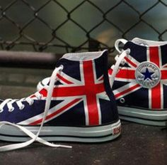 UK flag converse