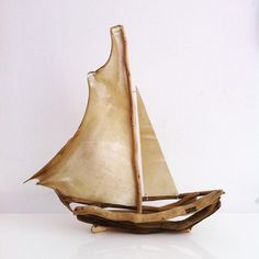 #Yalos #alanya #driftwood #driftwoodart #parchment #sailing #sailboat #foundobjects #beachwoodart #beachhousedecor #instaart #druftwooddesign #nautical #maritime #mediterranean #Turkey #madeinturkey