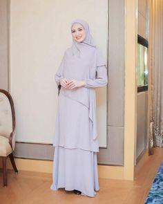 Casual Hijab Outfit, Hijab Chic, Muslimah Wedding Dress, Dress Muslimah, Muslimah Clothing, A Line Long Dress, Cute Modest Outfits, Moslem Fashion, Kebaya Dress