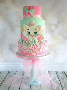 Kitten cake is adorable. Gorgeous Cakes, Pretty Cakes, Cute Cakes, Amazing Cakes, Kitten Cake, Rodjendanske Torte, Animal Cakes, Birthday Cake Girls, Cat Birthday