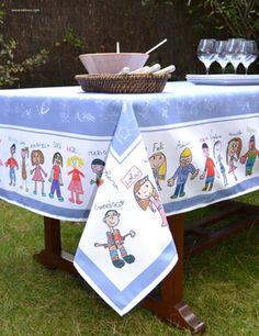 Broc Manteles 250*150 con dibujos coloreados. Un regalo perfecto para los profes diseñado con los dibujos de sus niños. www.mrbroc.com