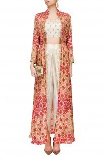 Anoli Shah presents Off white embroidered crop top and dhoti pants with red printed jacket available only at Pernia's Pop Up Shop. Indian Wedding Outfits, Indian Outfits, Indian Dresses, Indian Reception Outfit, Pakistani Dresses, Kurta Designs, Blouse Designs, Patiala Suit Designs, Indian Attire