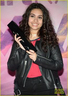alessia cara nash grier 2016 muchmusic awards 03
