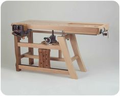 Over 10000 Woodworking Plans Wood Furniture - woodworking projects Workbench Designs, Woodworking Workbench, Woodworking Workshop, Woodworking Projects Plans, Woodworking Shop, Piano Desk, Wood Tools, Wood Plans, Wood Design