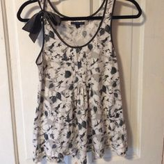 Selling this Shades of gray floral print tank top with silk bow in my Poshmark closet! My username is: rowdy_48. #shopmycloset #poshmark #fashion #shopping #style #forsale #American Eagle Outfitters #Tops