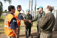 CONSTRUINDO COMUNIDADES RESILIENTES: Como a Parceria entre Exército e Defesa Civil pode...