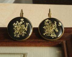 Real Flower Earrings Dangling Earrings by NewJewelleryStory