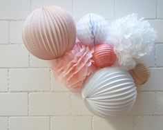 Lanternes et décorations aux couleurs Pop - ventes de boules chinoises, lampions, lanternes...
