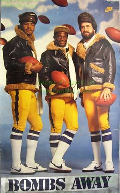 Old school Boltz Chargers Nfl, San Diego Chargers, Nfl Football Players, Basketball Players, Dan Fouts, Football Images, School Football, Vintage Football, Team Photos