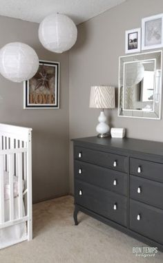 White crib, taupe walls (perfect taupe' by Behr) and dark grey dresser. But the colors are too depressing for a nursery. Ideas Dormitorios, Taupe Walls, Grey Dresser, Dresser Pulls, Kids Bunk Beds, Nursery Neutral, Nursery Gray, Nursery Colours, Baby Girl Nurserys