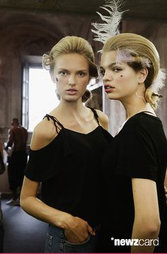 Model Romee Strijd and Daphne Groeneveld pose backstage prior to the Moschino Men's Fashion Show Spring/Summer 2016 during the 88 Pitti Uomo on June 18, 2015 in Florence, Italy. (Photo by Vittorio Zunino Celotto/Getty Images)