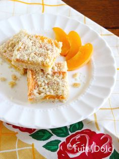 brandied apricot crumb bars