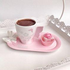 ♡ Breakfast at Shawna's ♡ Good Morning Coffee, Coffee Time, Coffee Cups, Coffee Coffee, Coffee Presentation, Sweet Bakery, Turkish Coffee, I Love Coffee, Tea Cakes