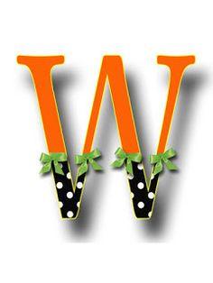 S.T.R.U.M.F.: Litere cu strumfi 2 Woody Woodpecker, Masha And The Bear, Bob The Builder, Tom And Jerry, Alphabet, Numbers, Fonts, Cartoons, Board