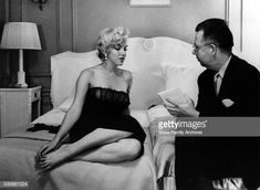 """Marilyn Monroe speaks to a reporter at a press party for """"The Seven Year Itch"""" in 1954 in New York, New York. Get premium, high resolution news photos at Getty Images Marilyn Monroe Body, Marilyn Monroe Movies, 7 Year Itch, Like Fine Wine, Candle In The Wind, Norma Jeane, The Seven, Cool Photos, Amazing Photos"""