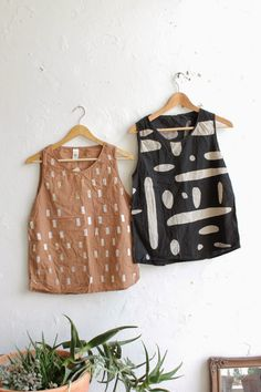 Sewing Clothes, Diy Clothes, How To Make Clothes, Short Tops, Fashion Sewing, Mode Inspiration, Minimalist Fashion, Dressmaking, Blouse Designs