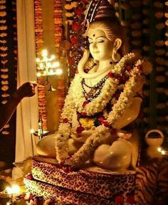 Daridraya Dukha Dahana Shiva Stotram 7 times - Prayer to Shiva to Burn Poverty - with Subtitles Shiva Stotram, Rudra Shiva, Shiva Parvati Images, Shiva Linga, Lord Krishna, Ganesh Lord, Krishna Krishna, Lord Shiva Statue, Lord Shiva Pics