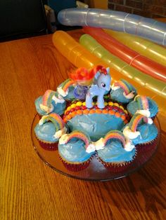 Rainbow dash birthday cake