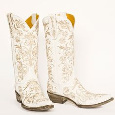Augustina Leathers - Old Gringo Clarise Boots Crackled White, $540.00 (http://www.augustinaleathers.com/old-gringo-clarise-boots-crackled-white/)