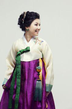 한복 Hanbok / Ivory jeogori and purple chima, subtle floral embroidery / Traditional Korean dress