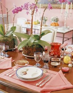 ⌺ Splendid Table Settings ⌺   tablescape - Mathilde Agostinelli by Jacques Grange