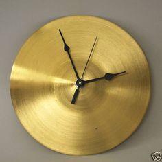 Reloj hecho con un platillo - Cymbal Clock