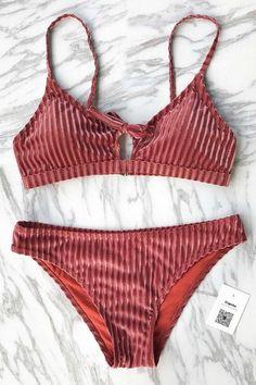 #CupShe - #CUPSHE Cupshe Brick Wall Solid Bikini Set - AdoreWe.com
