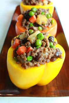 Manila Spoon: Stuffed Bell Peppers (Pinoy Style) - all done on the stove top and also gluten-free. Delish, of course! Asian Recipes, Beef Recipes, Real Food Recipes, Great Recipes, Dinner Recipes, Cooking Recipes, Favorite Recipes, Healthy Recipes, What's Cooking