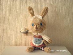 あみぐるみ うさぎのウェイトレス  Waitress amigurumi rabbit
