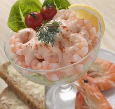 How to make classic prawn cocktail with Marie-rose sauce