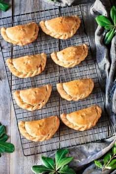 Argentinian-Style Baked Chicken Empanadas: this easy recipe for baked chicken empanadas will show you how to make savory hand pies that the whole family will love. Your kids will enjoy this delicious South American comfort food at lunch or dinner. Easy Baked Chicken, Baked Chicken Recipes, Chicken Empanadas, Baked Empanadas, Savory Pastry, Cooking For Two, Cooking Light, Comfort Food, Hand Pies
