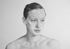 Алан современный художник, обладатель множества различных наград, работающий, в основном, в портретной живописи