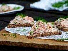 Joko, Salmon Burgers, Seafood Recipes, Recipies, Bread, Fish, Chicken, Cooking, Ethnic Recipes